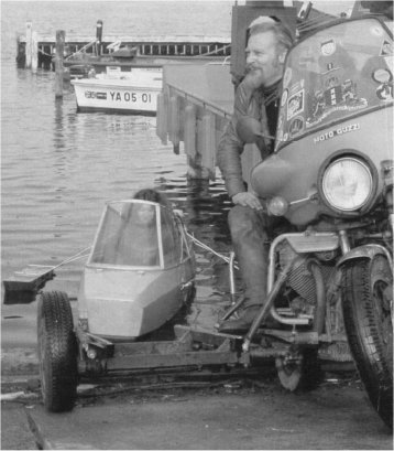 Ed Pols and the Sailing Moturist Sidecar