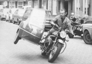 Ed Pols on a Guzzi - Clipper rig