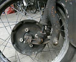 Moto Guzzi Galletto 192 front hub