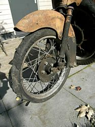 Moto Guzzi Galletto 192 front wheel