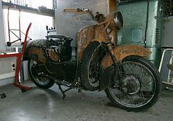 Moto Guzzi Galletto 192 RF front