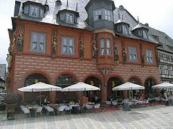 een gevel in Goslar
