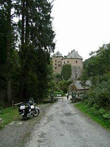 Château Rheinardstein bij Robertville