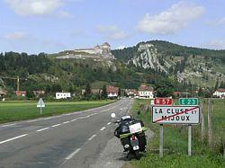 Château de Joux bij la-Cluse-et-Mijoux