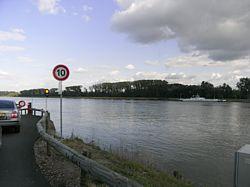 veerpontje over de Rijn bij Rhinau