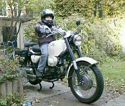 Elron on my Moto Guzzi Nuovo Falcone