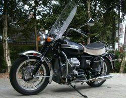 Moto Guzzi V7 850 Cal left hand view